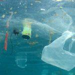 Az Európából Ázsiába érkező szelektált műanyaghulladék egy része az óceánban végzi