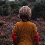 Minél több időt tölt a gyerek egyedül a természetben, annál jobban kötődik majd hozzá